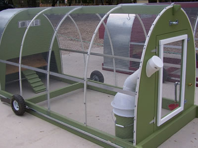 This deluxe chicken tractor can be disassembled and assembled and the hutch is easy to transport.